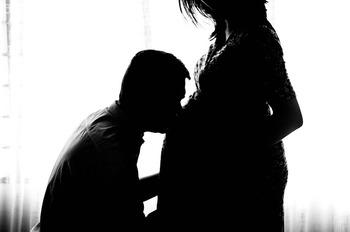pregnant-971982_640.jpg