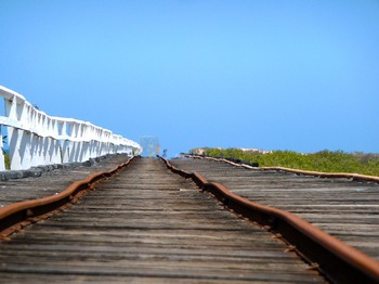 rail-340302_640.jpg